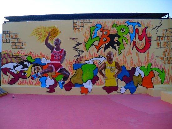 Ramada Liberty Resort Hotel: Basketball-Motiv 2014