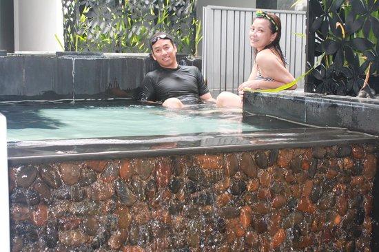 Cher Resort: สระว่ายน้ำภายในห้องพัก