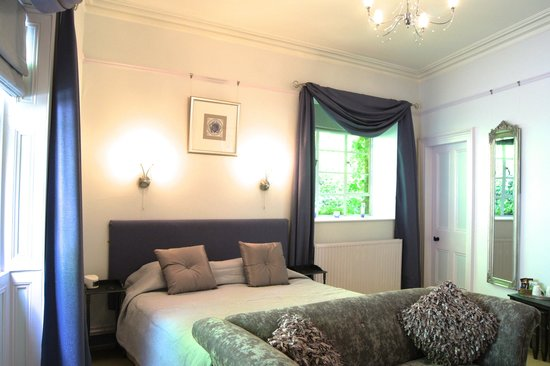 The Cluny Bank Hotel: Davies Room, refurbished June2014