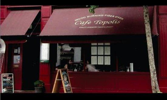 Cafe Topolis : Restaurant exterior