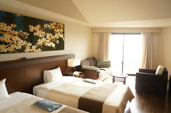 Grandvrio Resort Ishigakijima Grandvrio Garden: サンセットビュー4階のお部屋