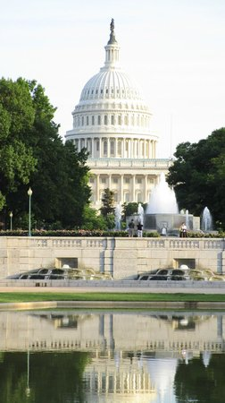 Monuments by Moonlight Night Tour: The Capitol