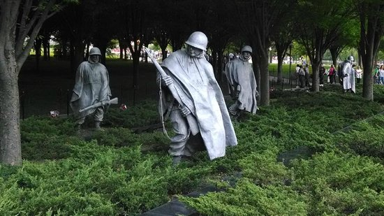 Monuments by Moonlight Night Tour: Korea War Memorial