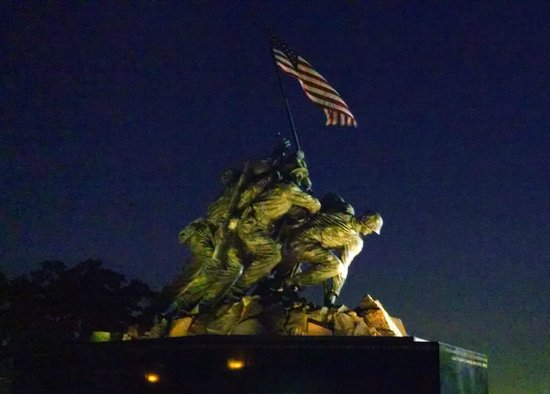Monuments by Moonlight Night Tour: Iwo Jima