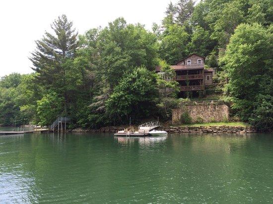 Lake Glenville: Many beautiful homes surround the lake.