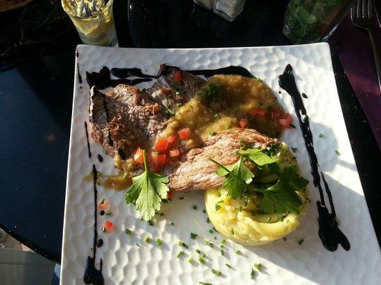 La Table Servie Corbeil Essonnes Menu Prices Restaurant