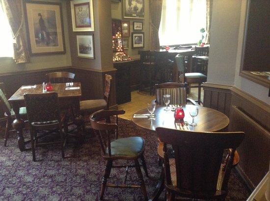 The Saddle Inn: dining