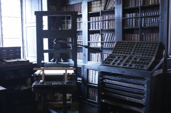 Chetham's Library: Старинный печатный пресс