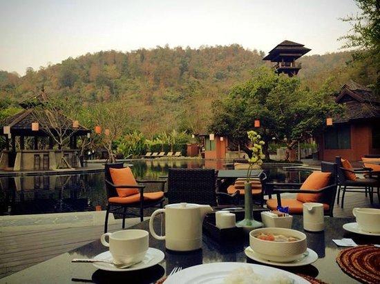 Sibsan Resort & Spa Maetaeng : ห้องอาหารที่นี่สวยมากๆ ค่ะ