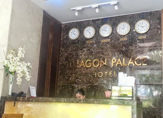 Dragon Palace Hotel: Reception