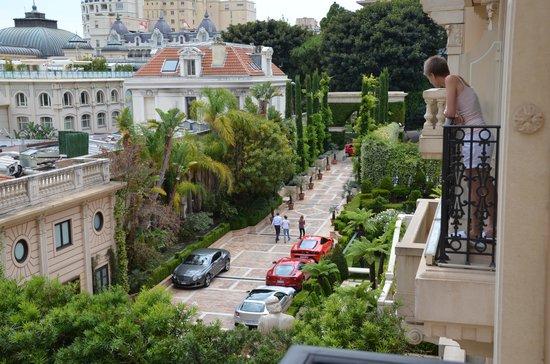 Hotel Metropole Monte-Carlo: вид с балкона