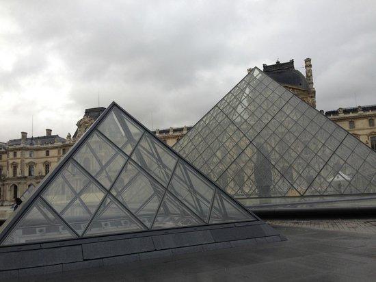 Musee du Louvre: 外観