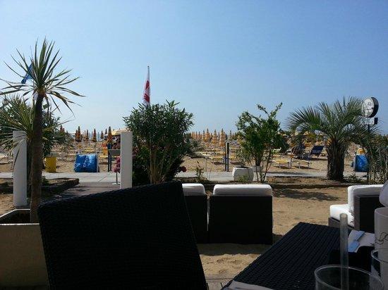Hotel Bali: colazione in spiaggia