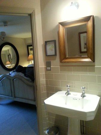 The Castle Inn: Room 1 Bathroom