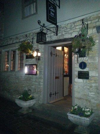 The Castle Inn: Hotel Entrance