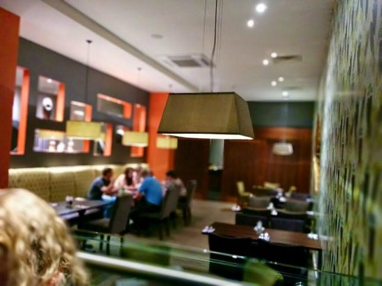 Premier Inn Bournemouth Central Hotel: Fancy decor in bar & dining areas