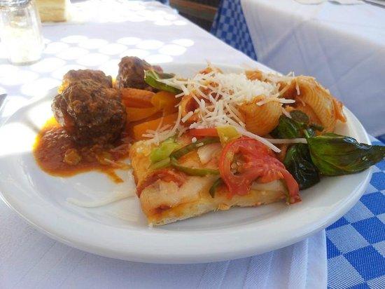 Joya Paradise : Cuisine variée