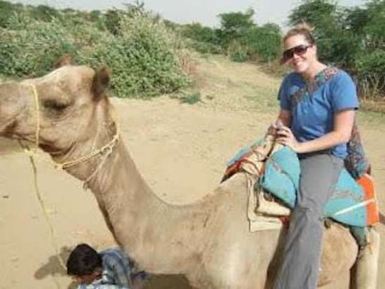 India Easy Travel.com: Camel Safari