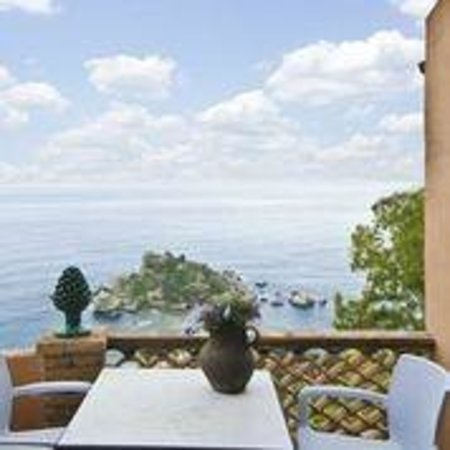 La Bergerie: Private terrace with stunning view