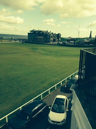 Macdonald Rusacks Hotel : 18th Green, Old Course