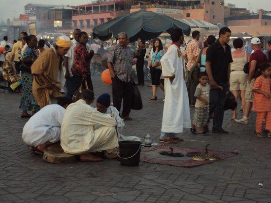 Jemaa el Fna : La Plaza