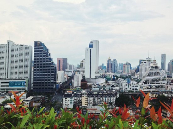 Furama Silom: вид на Бангкок с крыши отеля