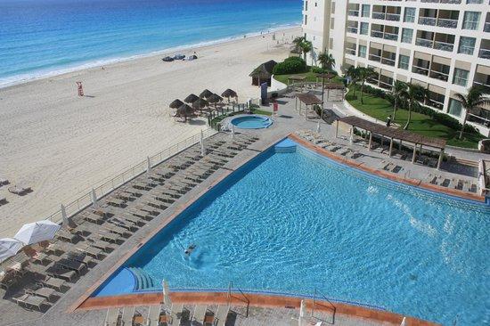The Westin Lagunamar Ocean Resort Villas & Spa, Cancun: Vista dalla camera