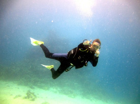 Eazy Divers: Loving his first sea dive