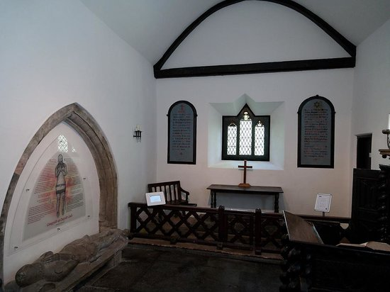 St. Michael's Old Church: Close up view of altar area