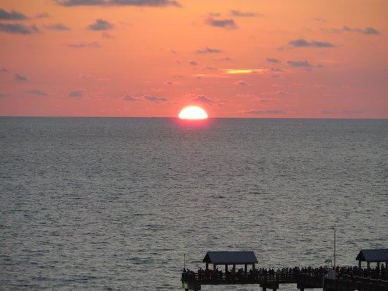 Gulf Beach Inn: Gulf sunset