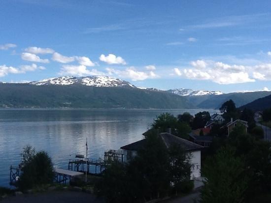 Balestrand Hotel: balestrand fjord view