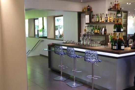 Novotel Valence Sud : Bar