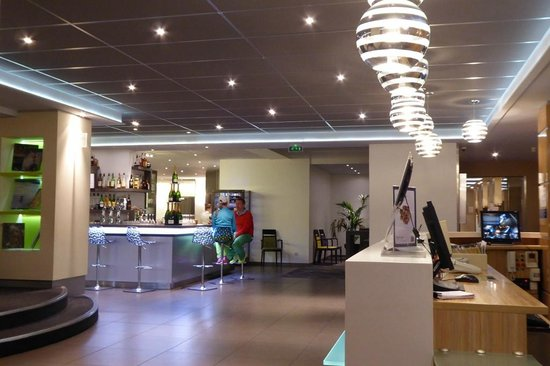 Novotel Valence Sud : Lobby