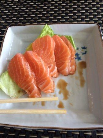 Crave sushi cafe
