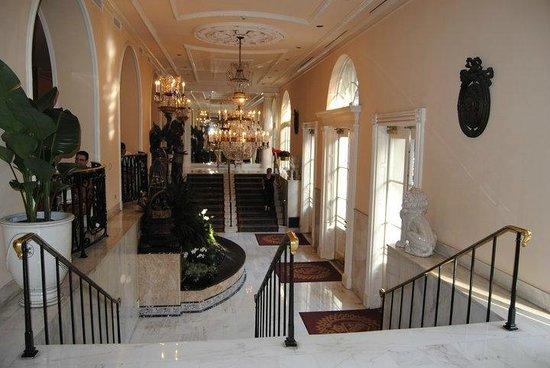 Omni Royal Orleans: hotel loby