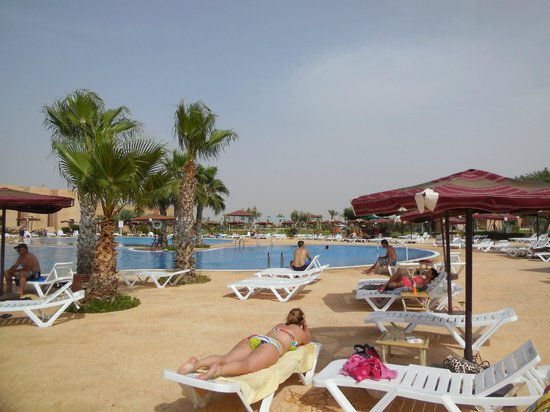 Marrakech Ryads Parc & Spa : piscine