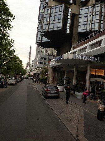 Novotel Paris Centre Tour Eiffel : Eiffel Tower is a walking distance