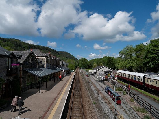 Conwy Valley Railway Museum & Model Shop: ByC railway station, with museum & model shop located centre right