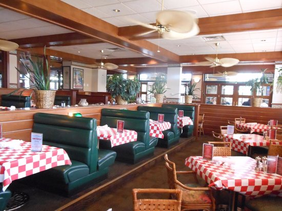 Dining Area Picture Of Jakers Restaurant Great Falls Tripadvisor