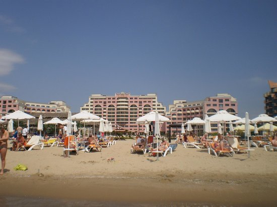 DIT Majestic Beach Resort : view of hotel from the beach