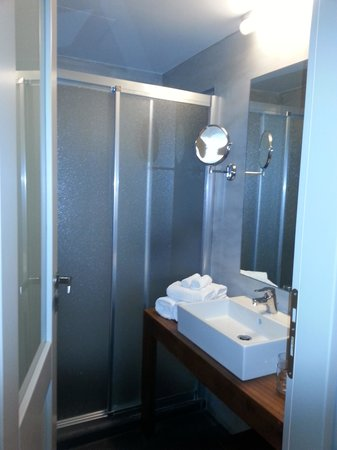 Panorama Boutique Hotel : Standard Double room bathroom