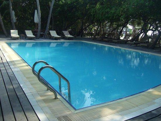 Reethi Beach Resort: Pool