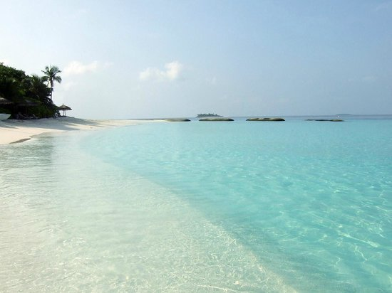 Reethi Beach Resort: Beach