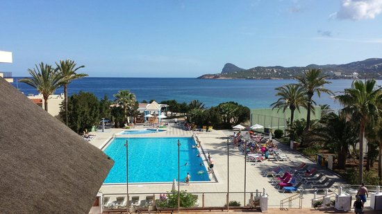 Marvell Club Hotel & Apartaments: Day pic from balcony room 223 stunning