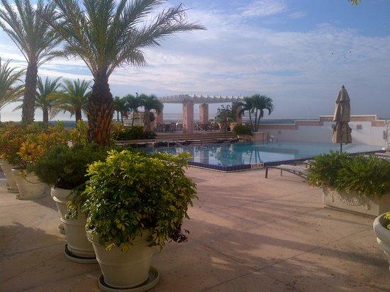 Hyatt Regency Orlando International Airport: Beautiful pool area