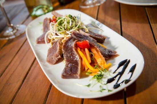 LAKESIDE: Tunfisch / Mango Salat