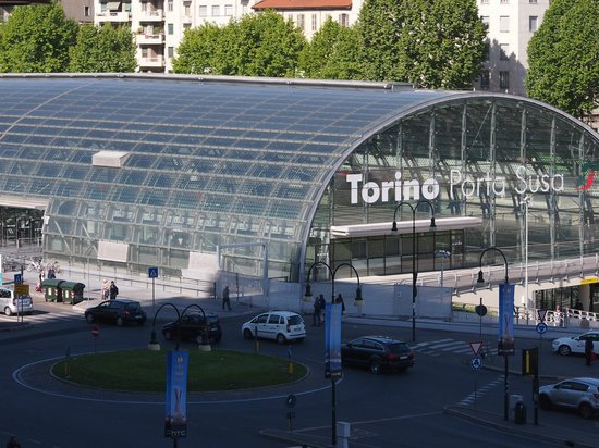 Hotel Dock Milano : Porta Susa is very close, you can see it from the window