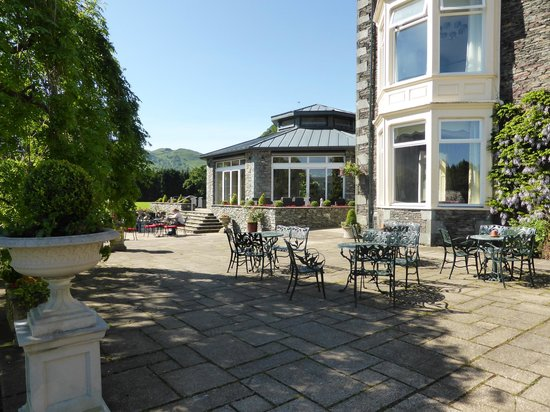 Inn on the Lake: The terrace and the Orangery.