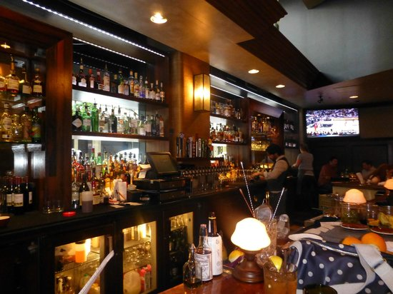 Kimpton Hotel Monaco Portland: Red Star Tavern