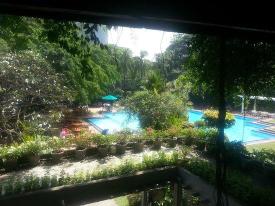 Cinnamon Grand Colombo: Pool